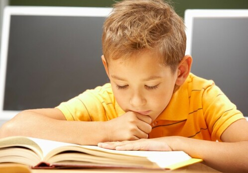 Risk of reading and writing difficulties can be identified early