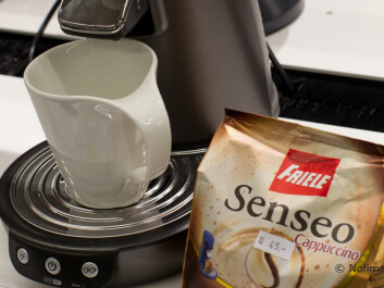 Portion packs and coffee machines for use at home make it easy to make a cappuccino. (Photo: Audun Iversen, Nofima)