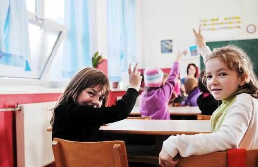 Norwegian eight-year-olds 'dig' their teacher
