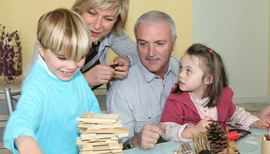 Although multigenerational households are not common in Norway, grandparents are usually close by. (Illustrative photo: Colourbox)