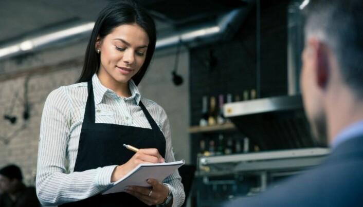 Unhealthy waiters make you choose unhealthy food