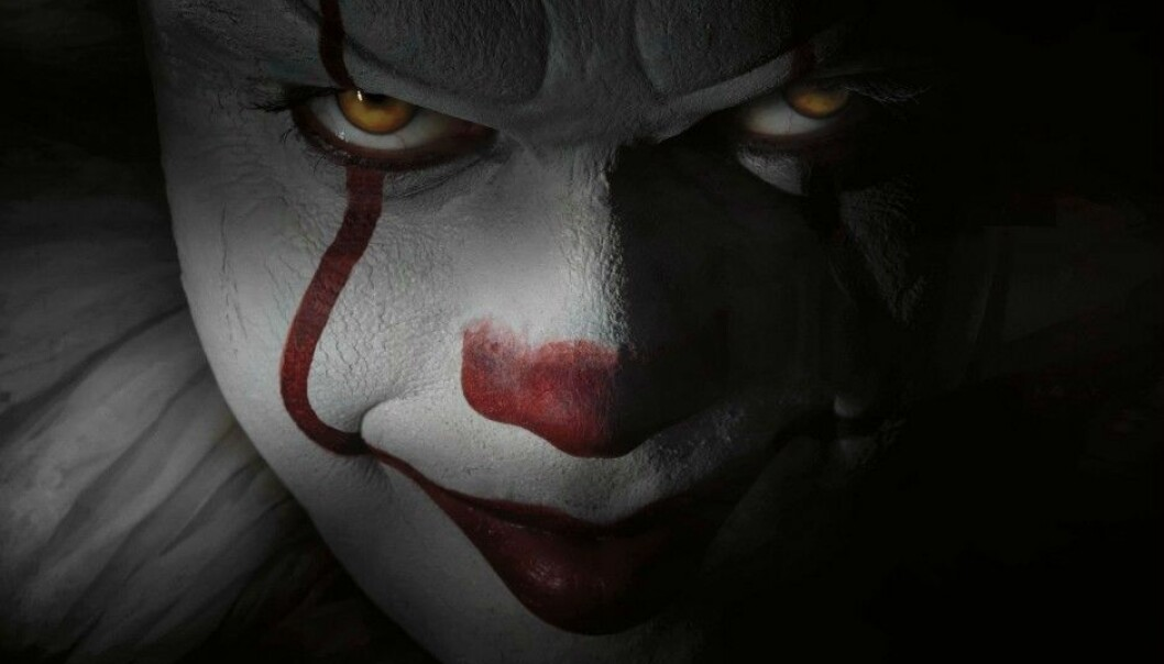 """Horror films teach us how to deal with our own anxiety, according to research. Thus, the fear of clowns can be easier to cope with through films like """"It"""" than in real life. (Photo: SF Studios)"""