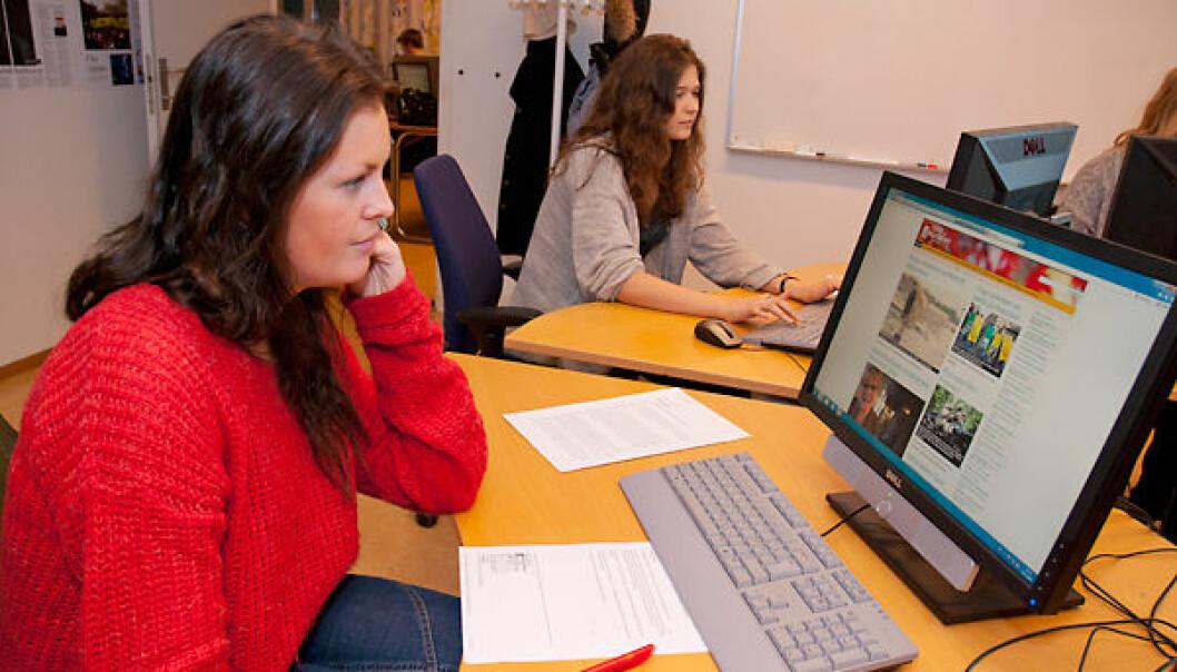 Ingvild Sagmoen studies journalism at HiOA. She says that source criticism has been a key element of the first-semester syllabus. (Photo: Sonja Balci)