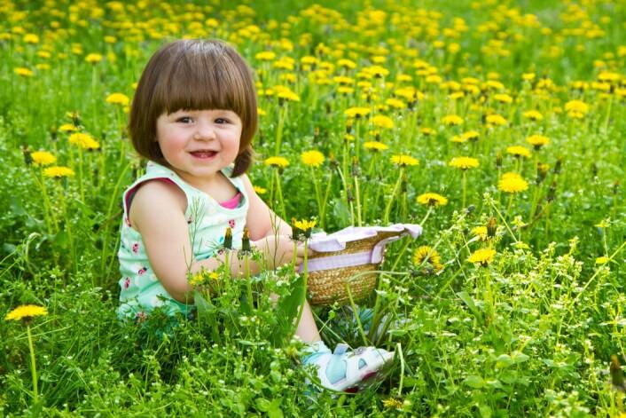 Barn som var med i undersøkelsene uttrykte at naturen får dem til å føle seg avslappet og frie, og at den også gir andre inntrykk enn innendørsaktiviteter. (Illustrasjonsfoto: Microstock)