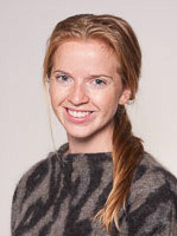 Doktorgradsstipendiat, Jenny Bogstad Søvik, ved Det odontologiske fakultet, UiO, har funnet en indikasjon på sammenheng mellom genvariasjoner og syreskader. Onsdag 30.9 disputerer hun med sitt doktorgradsprosjekt, der hun også har funnet ut at sportsdrikker kan bidra til syreskader i tennene.  (Foto: Fredrik Haugen Pedersen, OD, UiO)