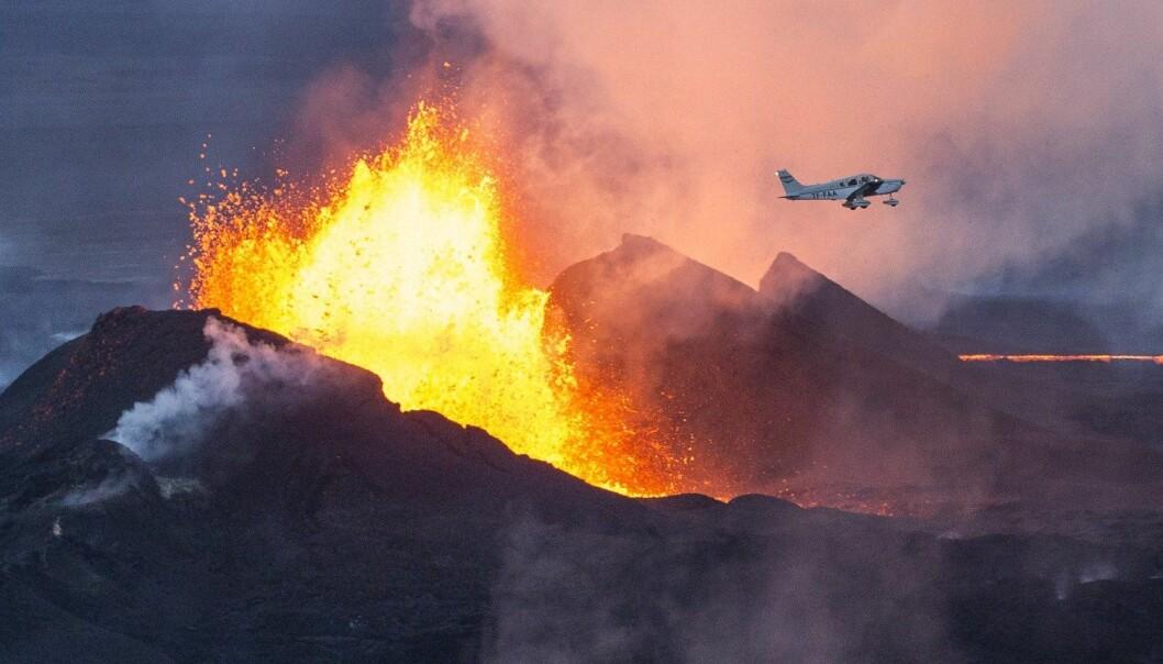 Bárðarbungas utbrudd i 2014 førte til et enormt utslipp av svoveldioksid.  (Foto: Bernard Meric, AFP)