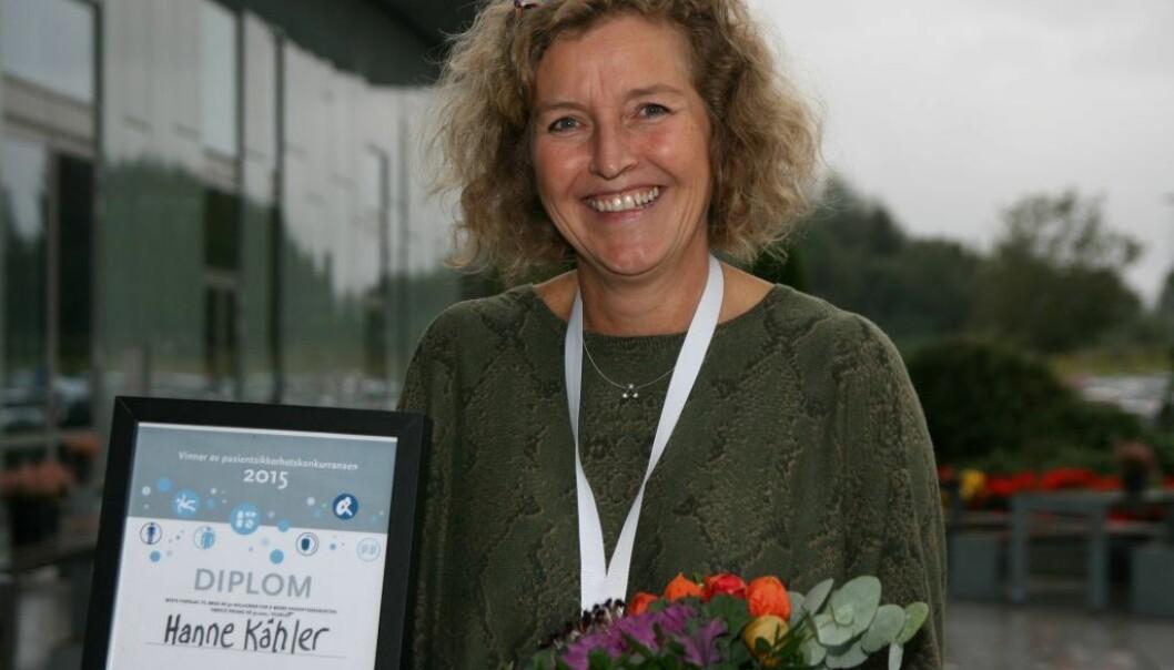 Hanne Kähler fra patologisk avdeling ved Oslo universitetssykehus vant den nasjonale konkurransen i pasientsikkerhet. (Foto: Kristin Sandby, Kunnskapssenteret)
