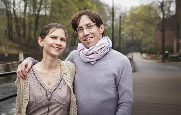 Ekteparet Teri Krebs og Pål-Ørjan Johansen er begge aktive forkjempere for å liberalisere bruken av psykedelika, som MDMA og LSD i behandlingen av psykiske lidelser.  (Foto: Tommy Strømmen)