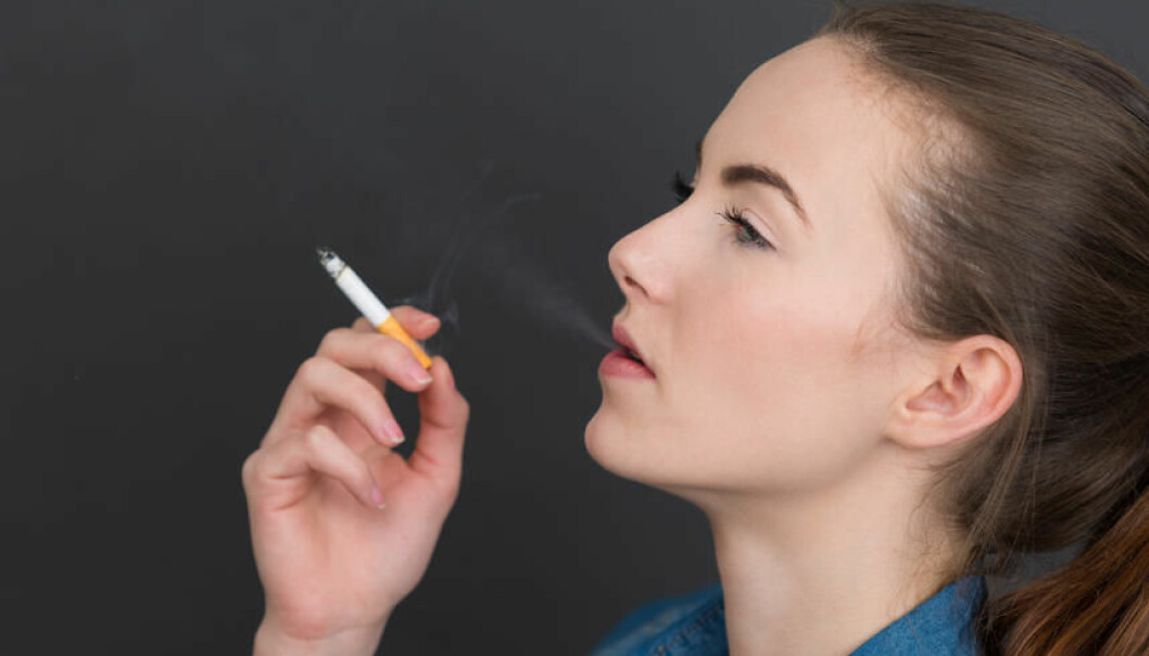 The number of young girls between 11 and 15 in West Europe, starting smoking, has increased enormously since 1970. (Photo: Colourbox)