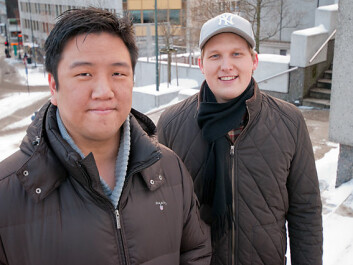 Tek Beng Tan and Anders Johansen received the highest grade for their research-based project assignment about ticket vending machines and universal design. (Photo: HiOA)