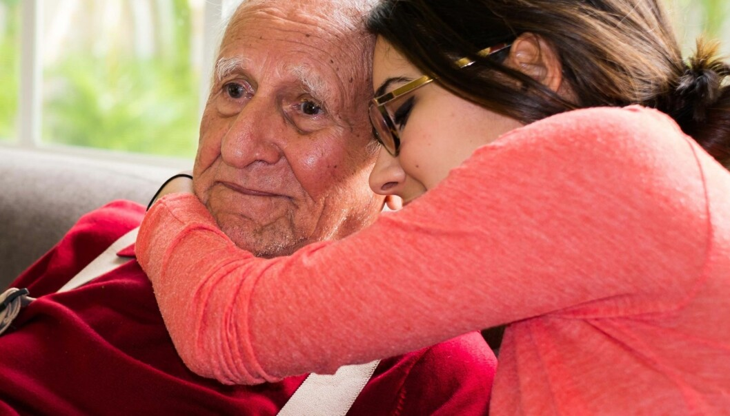 Kunnskapen vår om hvorfor noen mennesker får Alzheimers sykdom, er veldig begrenset. Nå peker en ny britisk studie på at Alzheimers sykdom kan være smittsom. (Illustrasjonsfoto: Microstock)