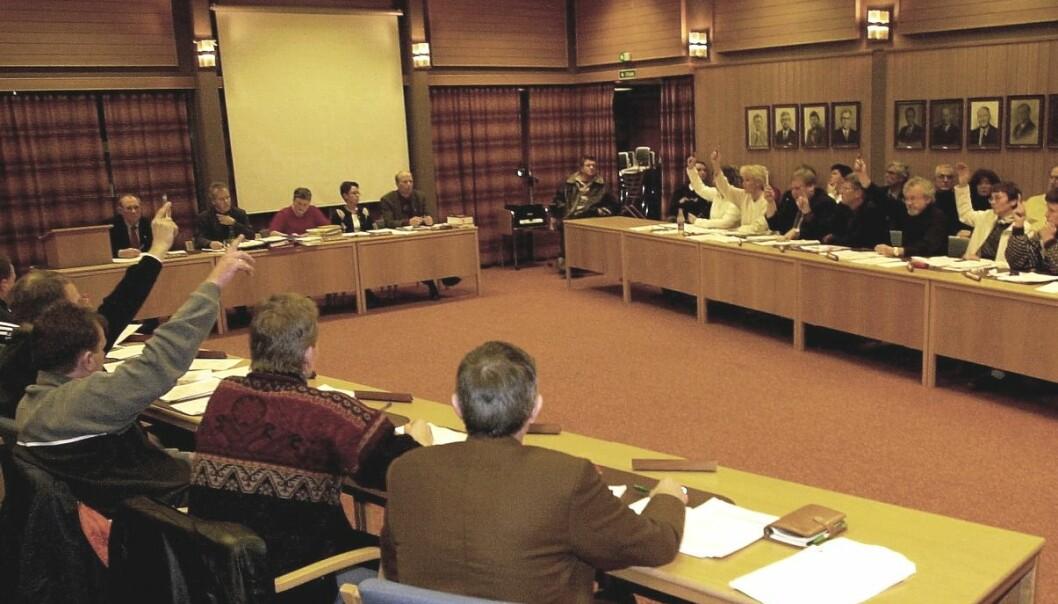 Mange kvinner i kommunestyret gjorde menn mindre feministiske