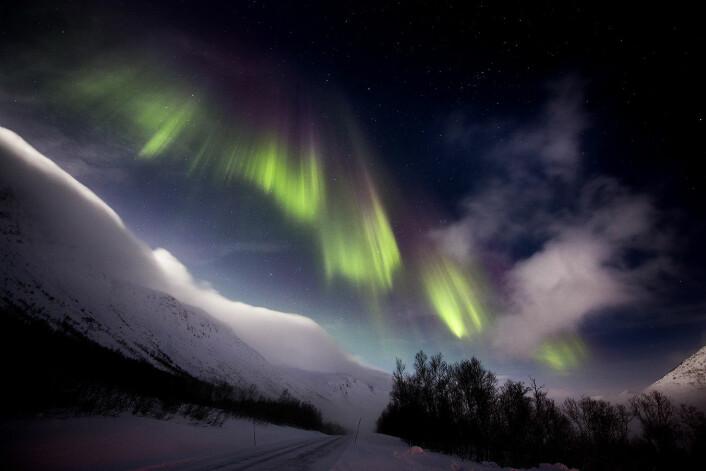 Selv om Alta kaller seg nordlysbyen, så er det Tromsø som har stukket av med nordlysturistene.  (Foto: Stig Brøndbo)