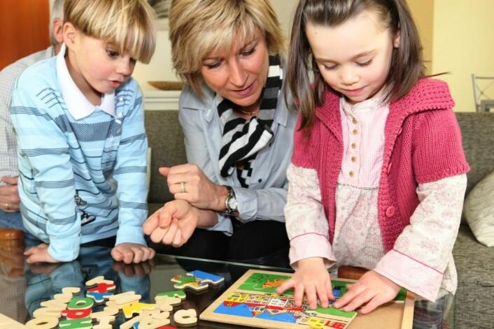 Forskerne mener studien kan bidra til at det vil være enklere for personalet i barnehagen å identifisere de barna som kan utvikle problemer med matematisk forståelse. Kanskje er det slik at matteproblemet fremdeles er der når barna blir eldre. (Illustrasjonsfoto: Colourbox)