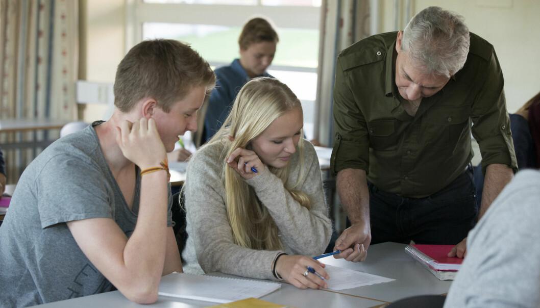 Elever som har en åpen innstilling, forventer at oppgavene skal være morsomme og lærerike, gjennomfører oftere enn de som tror at intelligens og evner er uforanderlig, ifølge den nye studien. (Foto: Berit Roald, NTB Scanpix)