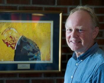 – Hamsun var ikke redd for å kritisere datidens populære helsereiser og var svært kritisk til behandling han selv ble utsatt for, sier professor Henning Wærp. (Foto: Stig Brøndbo)