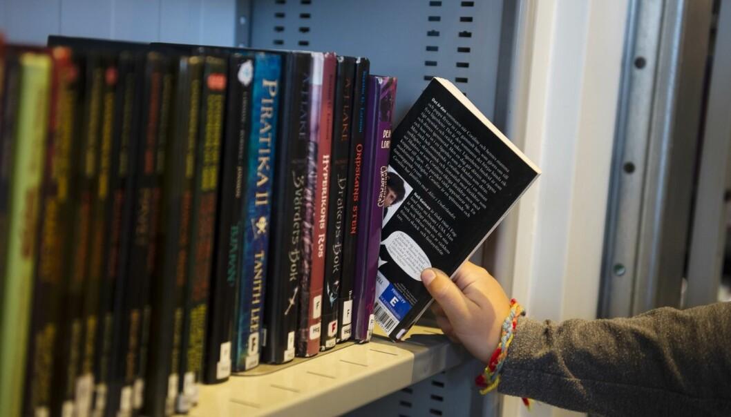 Svært mange som besøker biblioteker låner ingen ting. De bruker biblioteket som møtested og kulturarena.  (Foto: Vilhelm Stokstad/TT)