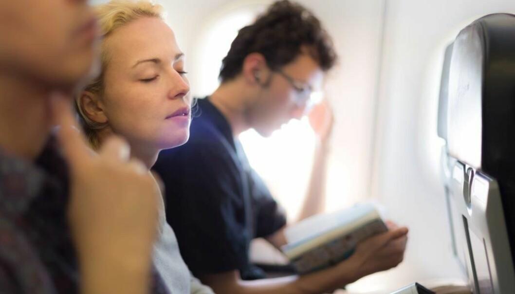 Å reise mye har fått et for positivt fokus i forhold til de helsemessige og sosiale konsekvensene det kan gi, viser en ny studie.  (Illustrasjonsfoto: Colourbox)