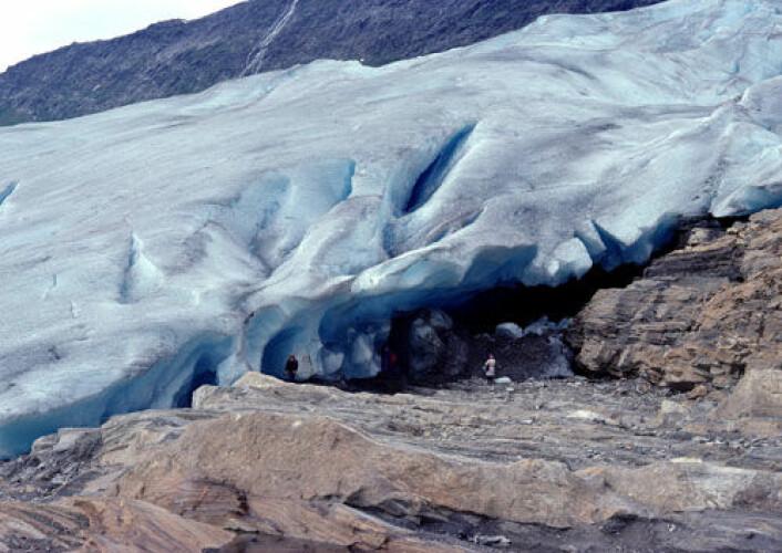 Verdens isbreer vil bli kraftig redusert innen 2100, viser ny studie basert på et gjennomsnitt av ti klimamodeller. (Illustrasjonsfoto: Colourbox.no) (Foto: Colourbox)