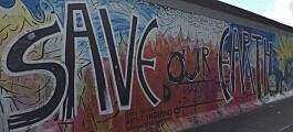 Langs (restene av) Berlinmuren