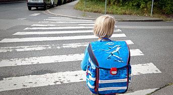 To av tre går eller sykler til skolen