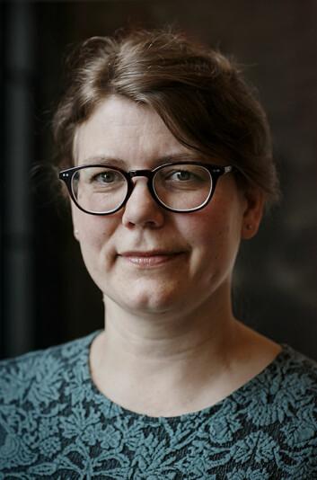 – Det er vanskeleg for oss å sjå korleis omsetjarar påverkar tekstar, fordi vi er del av det. Det omsetjarane gjer, byggjer på dei forventningane vi har, seier Cecilie Alvstad, leiar for forskingsprosjektet Voices of Translation ved Universitetet i Oslo. (Foto: UiO)