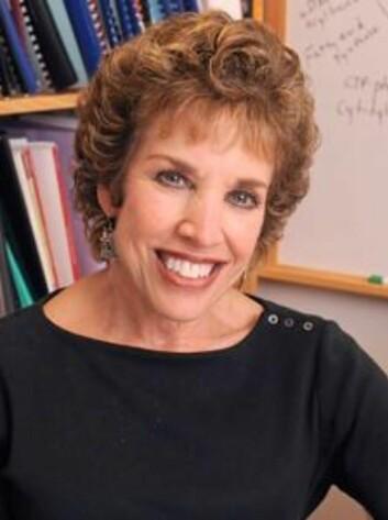 Carole Mendelson ved UT Southwestern, håper forskninga deres kan forebygge for tidlig fødsel.  (FOTO: UT SOUTHWESTERN)