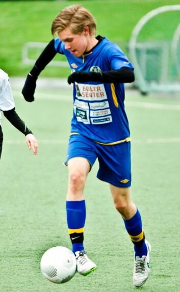 Fotballen går foran det meste for Erik Hilleren. (Foto: Andreas B. Johansen)