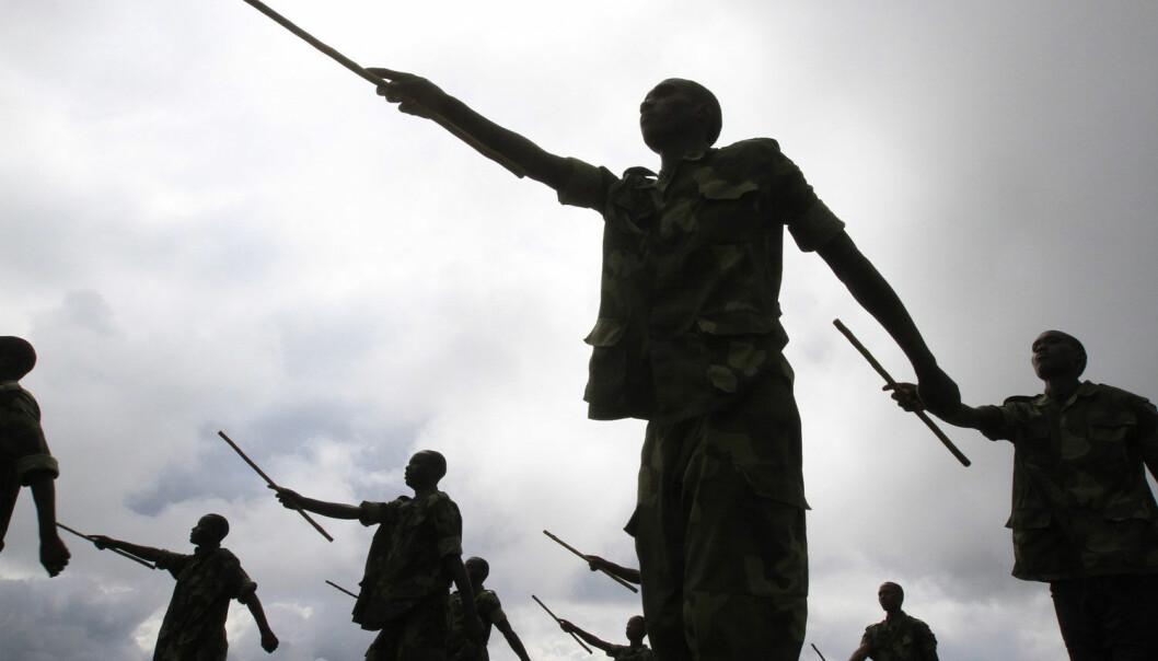 Det som opprinnelig var opprørsgrupper med en politisk, religiøs eller etnisk grunn for å ta til våpnene, er blitt rene gangstere. Her er medlemmer av Congolese Revolutionary Army. (Foto: Goran Tomasevic, Reuters)