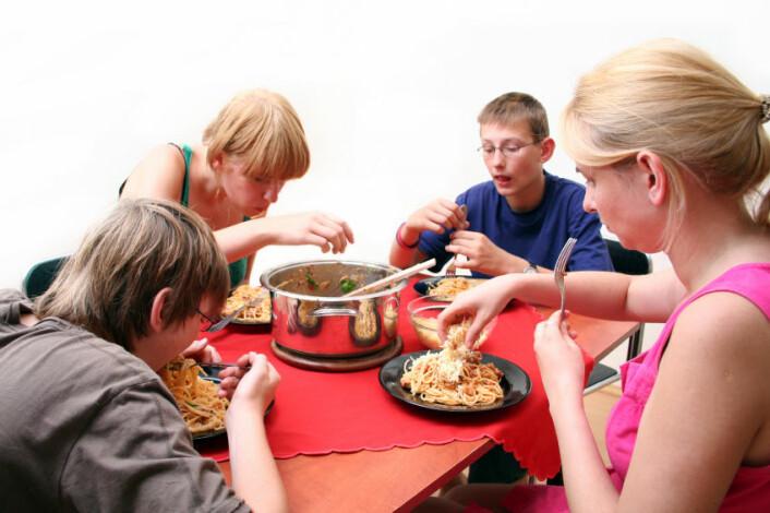 Hva en familie spiser, påvirker lukten i huset - gjennom hver persons egen lukt. (Foto: iStockphoto)