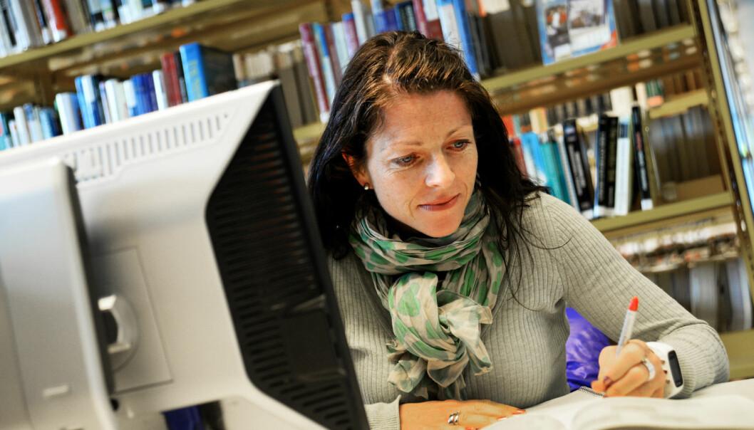 Monica Torstveit ved Universitetet i Agder har for mye å gjøre til at hun har fått publisert en studie hun gjorde ved Norges idrettshøgskole. (Foto: Olav Breen, UiA)