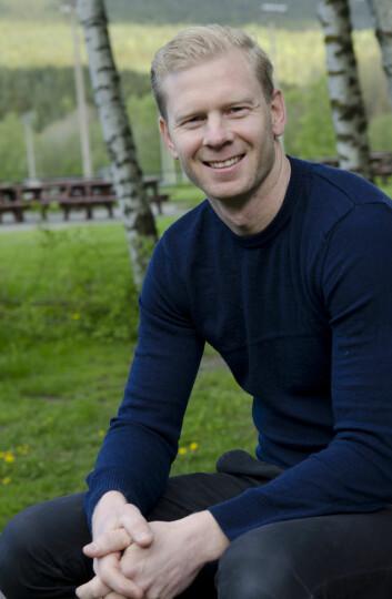 Anders Hasselgård har analysert flere idrettsbistandsprosjekter, og disputerer for doktorgraden sin 16.juni. (Foto: Andreas B. Johansen/NIH)