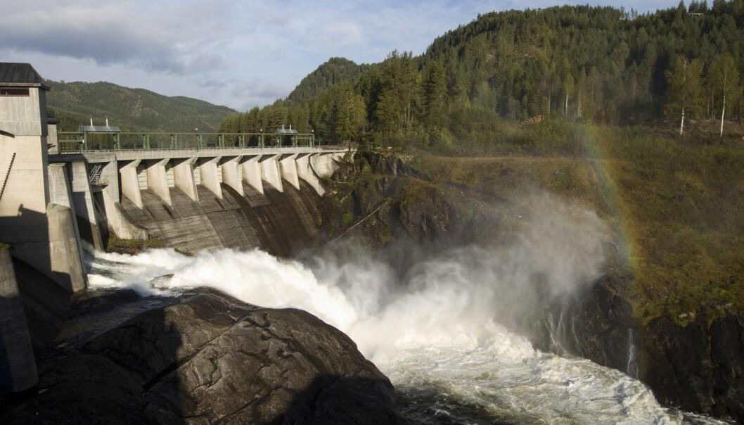 Vi kan bidra med mye mer energi fra vannkraftverken i Norge, men da må de bli mer effektive. NTNU-forskere jobber nå med å finne ut av hvordan kraftverkene kan bli bedre. (Foto: Terje Bendiksby, Scanpix)