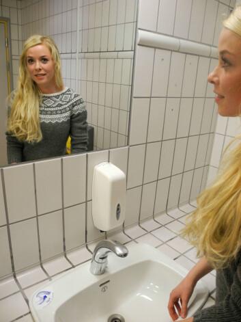 Til andreårsoppgaven på profesjonsstudiet i medisin ved UiT observerte Kristin Olsen pasienter og helsepersonell ved Universitetssykehuset Nord-Norge. (Foto: Elisabeth Øvreberg)