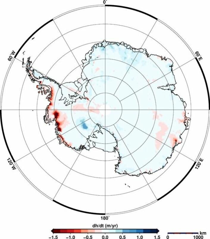 Endringen i istykkelse over hele Antarktis fra 2011 til 2014 målt av CryoSat. (Foto: Helm et al., The Cryosphere, 2014)