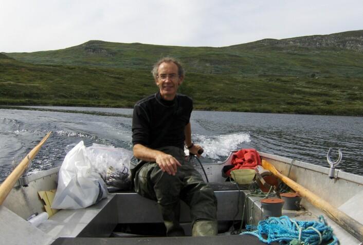 John Brittain på Heimdalsvatn. (Foto: John Brittain, NHM)