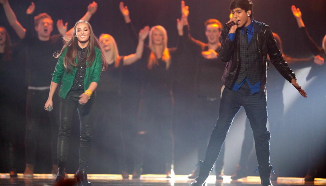 Låta «Sammen» handler om det å stå sammen og ta gatene tilbake. Julie Maria og Yaseen nådde finalen i Melodi Grand Prix i 2012. Her fra delfinalen Florø. (Foto: Alf Vidar Snæland, NTB Scanpix)