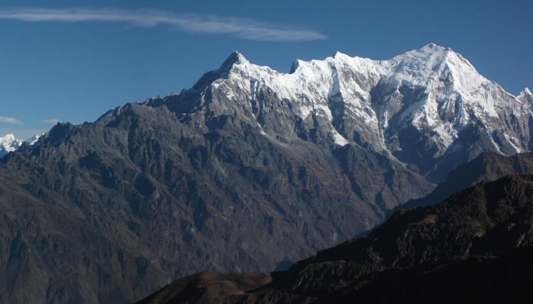 Kontinentplaten med India ble både trukket og skjøvet nordøstover for 80 millioner år siden. Derfor skjøt India så stor fart før kollisjonen med Europa og Asia som skapte Himalaya. (Foto: Sudan Shrestha)