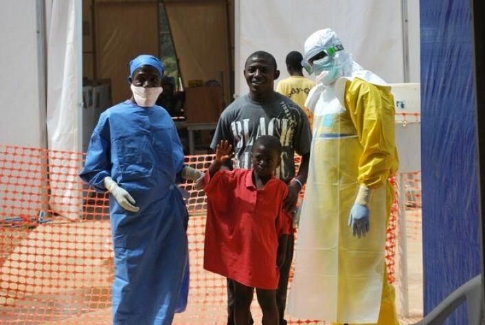 En ung pasient i Guinea er frisk av ebola etter behandling ved blant annet B-LiFE, et feltlaboratorium med satellitteknologi utviklet av ESAs ARTES-program. (Foto: ESA)