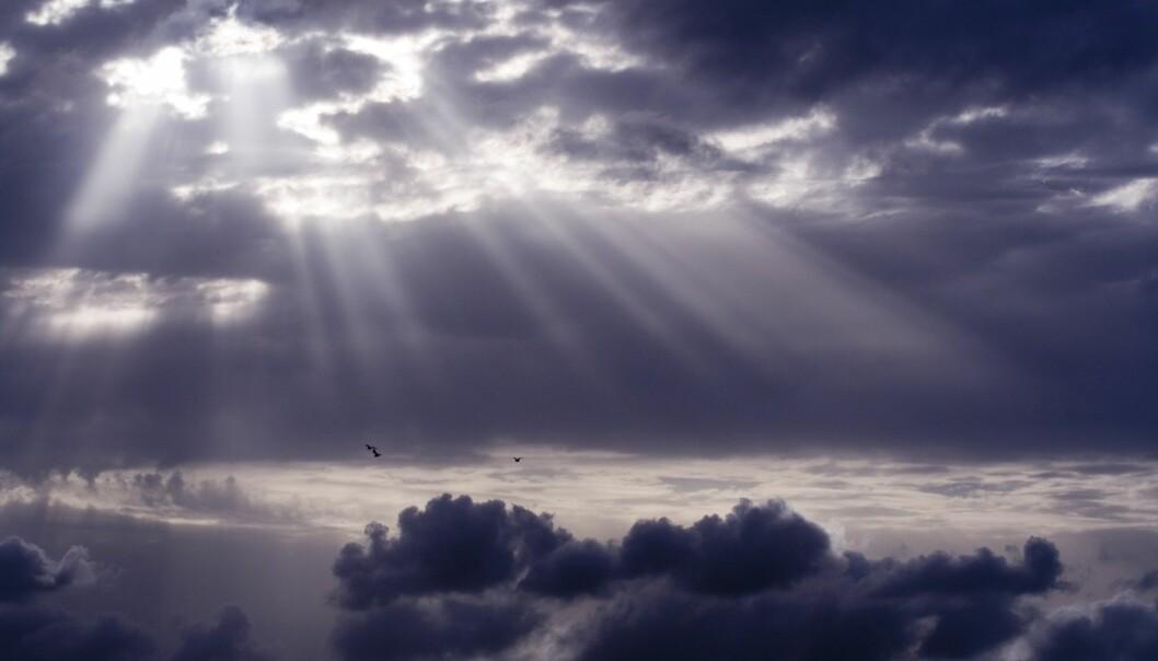 Mange religioner representerer lyset det guddommelige. Men slik er det ikke alltid.  (Foto: Colourbox)