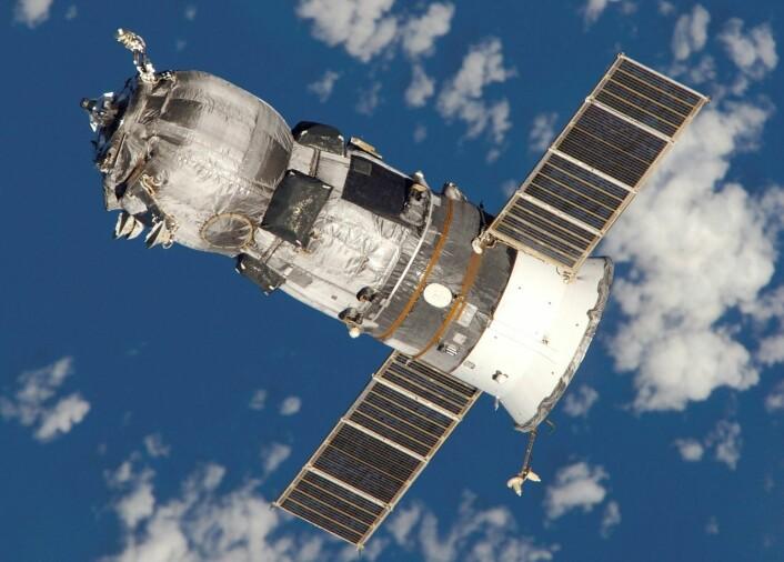 Russisk Progress romkapsel fotografert under dokking med romstasjonen på en tidligere ferd. (Foto: NASA)
