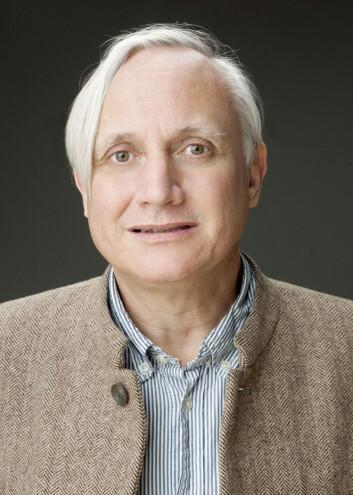 Professor Kristian Gundersen mener det er blitt for lett å bli doktor. (Foto: UiO)