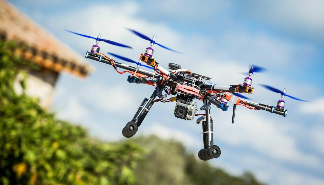 – La små droner fly fritt