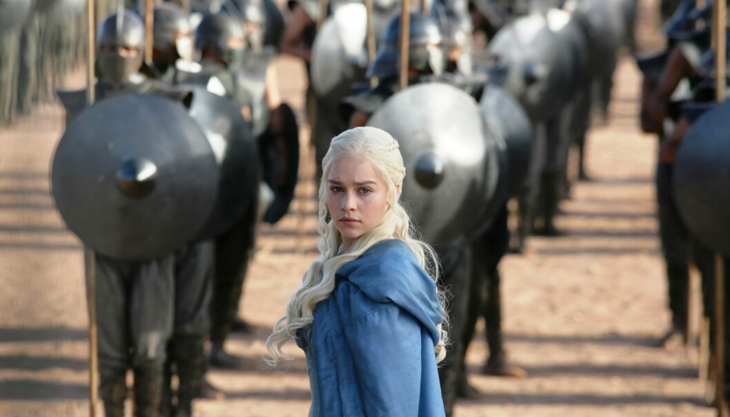 Det er ikke bare hendelser og steder som har vært inspirasjonskilder for Game of Thrones. Det har også flere av TV-seriens karakterer. Mange mener at Daenerys Targaryen er inspirert av den dronning Elizabeth I av England. (Foto: AP Photo/HBO, Keith Bernstein)