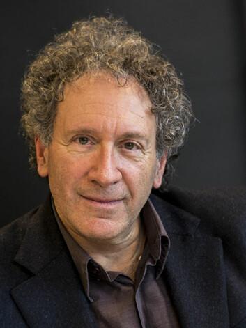Robert Marc Friedman skriv eit teaterstykke som vert ein del av den offentlege feiringa i Berlin av 100-års jubileet for relativitetsteorien.  (Foto: Annica Thomsson)