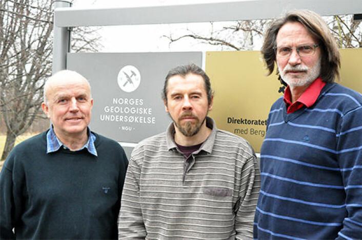 Odleiv Olesen (fra venstre), Yuriy Maystrenko og Harald Kristian Elvebakk står bak den nye NGU-rapporten om fjellvarme.   (Foto: NGU)