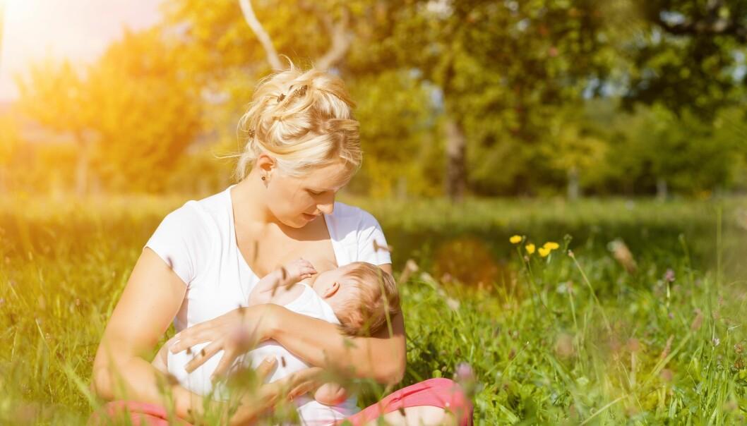 Morsmelk er den beste ernæringen for små barn – men det beskytter neppe mot astma og allergi, hvis man skal tro ny dansk forskning.  (Foto: Colourbox)