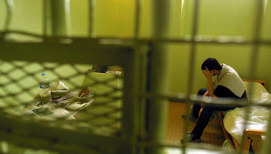 – Dette betyr ikke at sønner eller brødre av seksualforbrytere automatisk også blir lovbrytere, presiserer forskerne i denne artikkelen. (Foto: Colourbox)