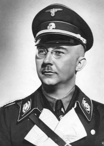 Heinrich Himmler ledet SS. Han lyktes ikke med å gjøre de norske frontkjemperne til lojale SS-soldater.  (Foto: Bundesarchiv)