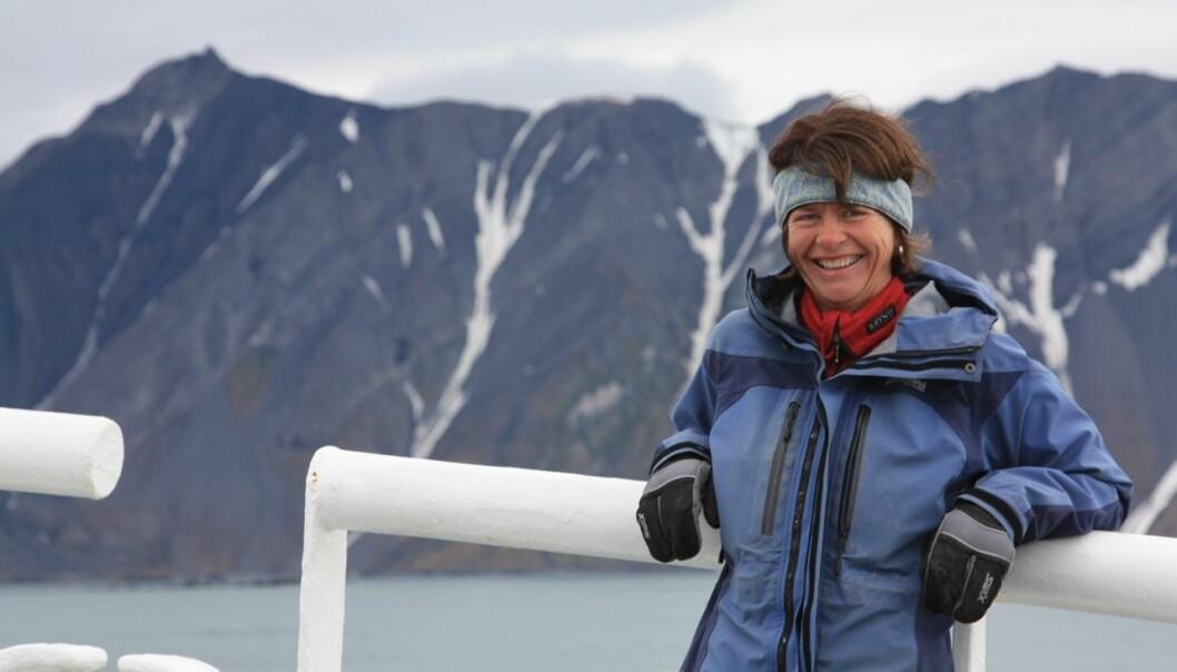 Gunn Mangerud har vært mye på feltarbeid i arktiske strøk. Her fra Van Keulenfjorden på Svalbard i 2012.  (Foto: Privat)